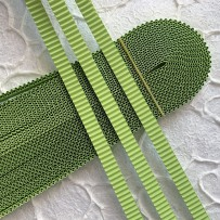 Korean corrugated strips for quilling, Lime(10 pieces)