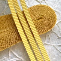 Korean corrugated strips for quilling, Yellow(10 pieces)