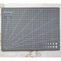 Self-Healing Mat for cutting, format A4, Grey.